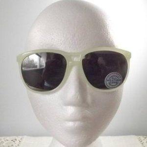 Other - Vintage Crylon Frame Sunglasses, NOS